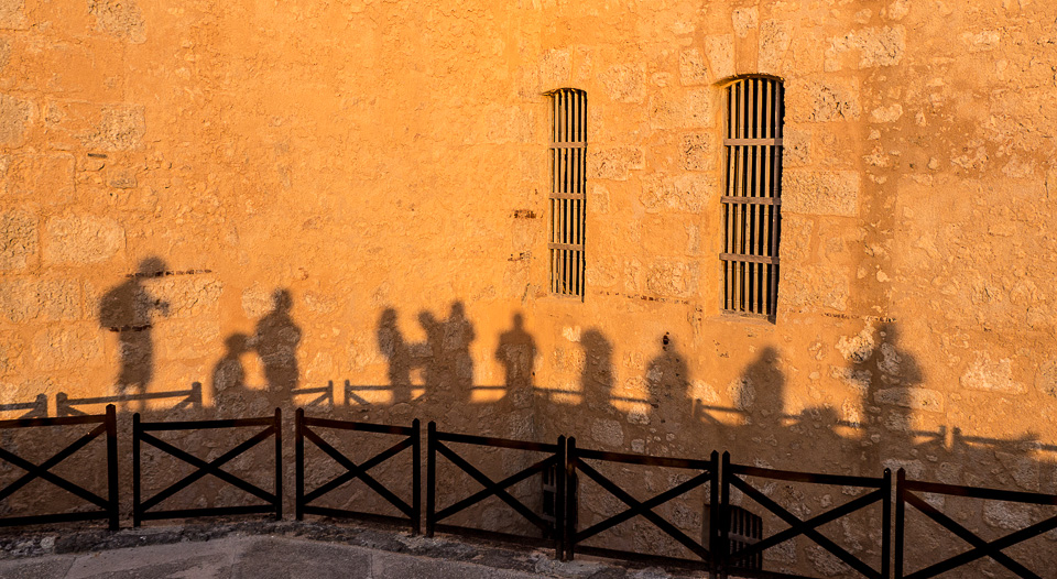 Long Shadows, Havana