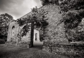 Biggin Church Ruins – Along the Road Less Traveled
