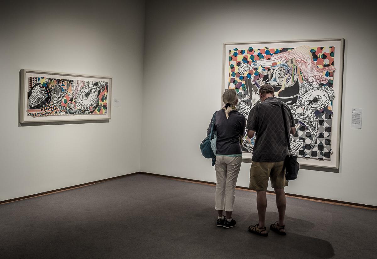 Looking at Art Distracted