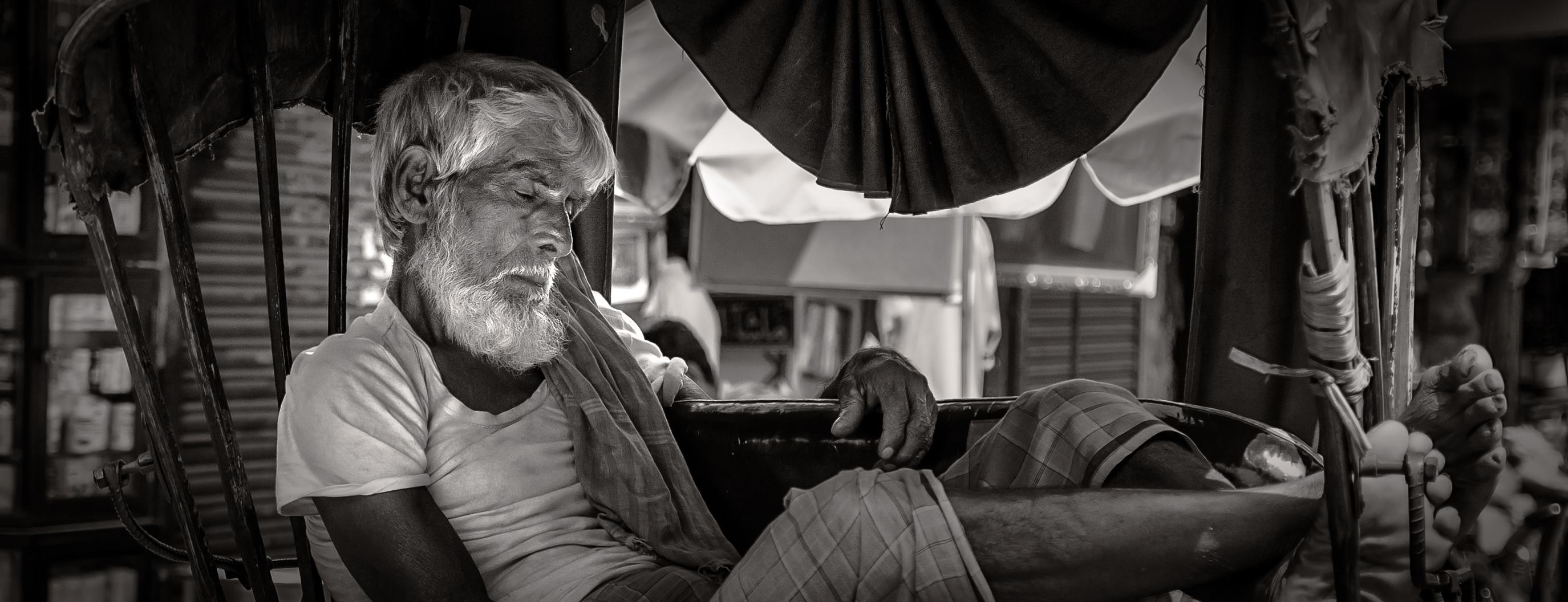 Catnapping Rickshaw Puller | Calcutta